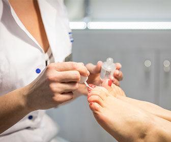 Cirugia-percutanea-de-pie-es-el-nombre-cientifico-con-el-que-se-le-conoce-a-la-operacion-de-juanetes